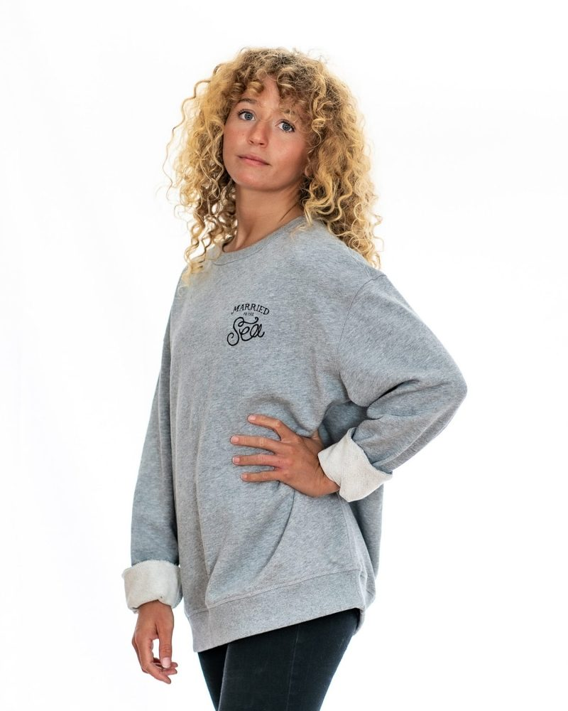 Scroll womens crew grey