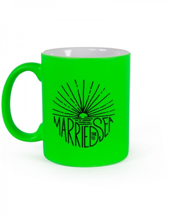 Sunburst neon green mug
