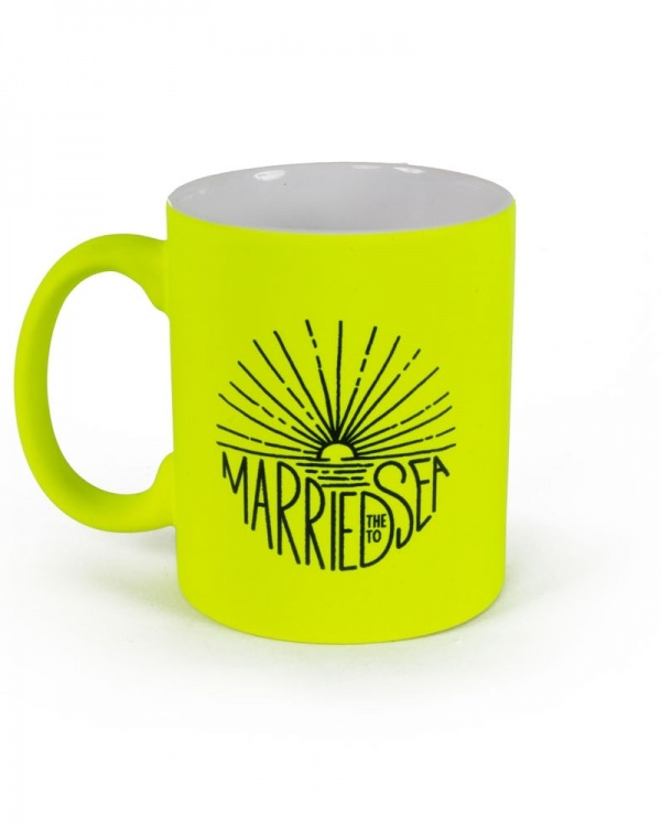 Sunburst neon yellow mug